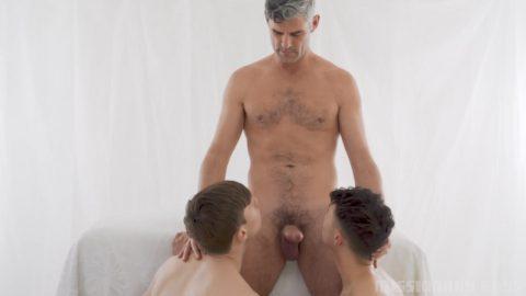 gay men nackt